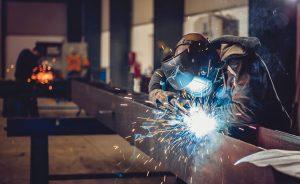 welding a beam